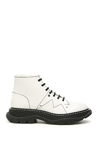 BOOTS WITH CONTRAST SEAMS