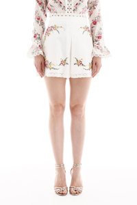 EMBROIDERED SHORTS WITH LACE